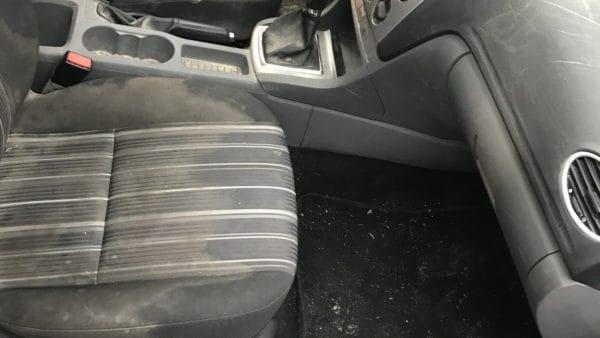 Innenreinigung Ford Focus Stark Verschmutzt 04
