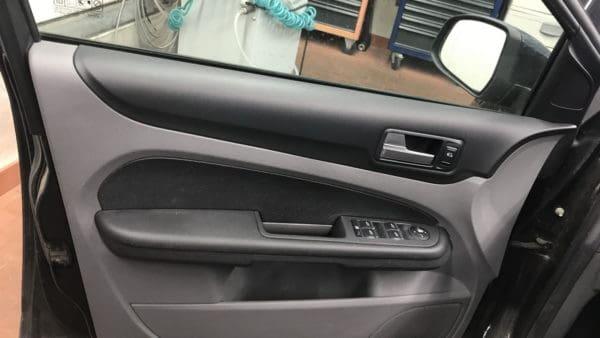 Innenreinigung Ford Focus Stark Verschmutzt 11